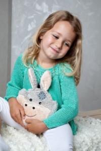Wärmekissen Füllung - Kirschkerne kleiner Esel Wärmefreund mit Mädchen